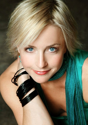 Nikki Snelson Fundrsaiser at Hillbarn Theatre